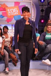 Disilgold.com News: Regina King Reveals Ab Workout in Shape Magazine
